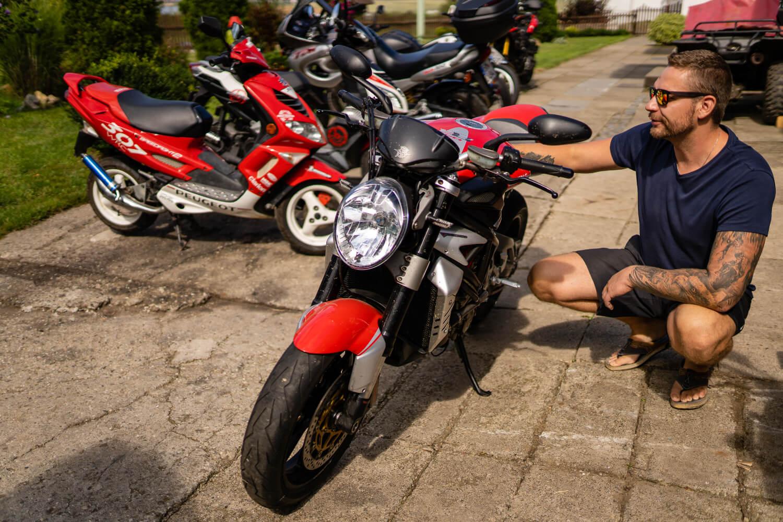 motorky cervene kralov opravna
