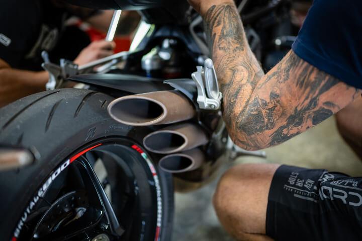 tetovani motorkar motorka